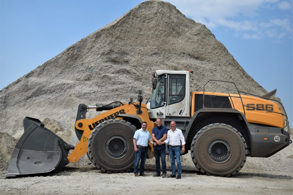 Liebherr unveils new LTM 1230-5 1 at its customer days